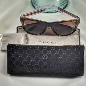 Auth. Gucci marbled brown and clear sunglasses